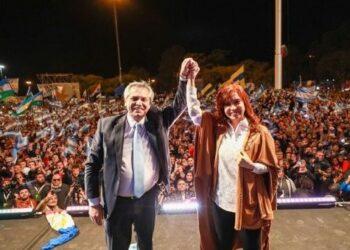 Elecciones PASO confirman tendencia antimacrista en Argentina