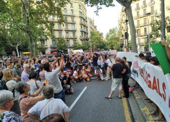 Concentración en Barcelona en apoyo al Open Arms: «vías legales y seguras»