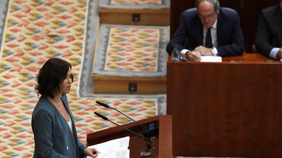 La candidata del PP a la Presidencia de la Comunidad de Madrid cede ante VOX y Ciudadanos y se suma a invisibilizar la violencia de género