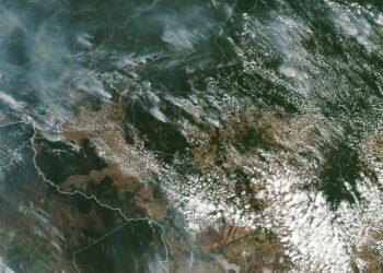Bolsonaro dice que las ONGs podrían estar provocando los incendios en la Amazonia «para llamar la atención sobre su persona»
