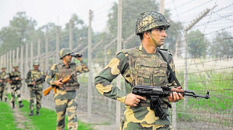 Las escaramuzas fronterizas entre Pakistán y la India se saldan con 9 muertos