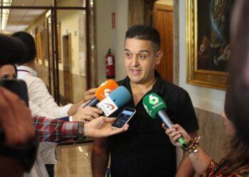 """Cales Mulet """"la irresponsable gestión del PSOE aboca a las comunidades autónomas a la asfixia, especialmente al País Valencià"""""""