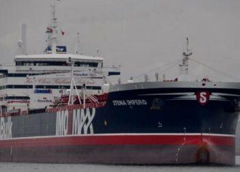 Las grandes compañías petrolíferas dejan de usar buques con el pabellón británico en el Golfo Pérsico