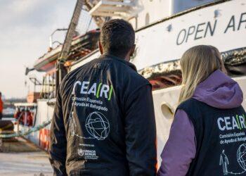 CEAR denuncia la situación de 500 personas a la deriva en el Mediterráneo