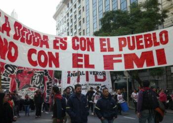 Más de 50 mil manifestantes marcharon contra el gobierno argentino del hambre y la miseria