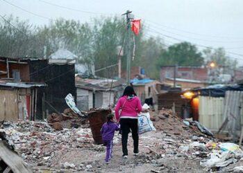 Argentina. Cuatro millones de pobres y un millón de indigentes más en un año