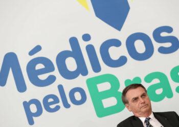 Cuba acusa a Bolsonaro de mentir sobre la cooperación médica con Brasil