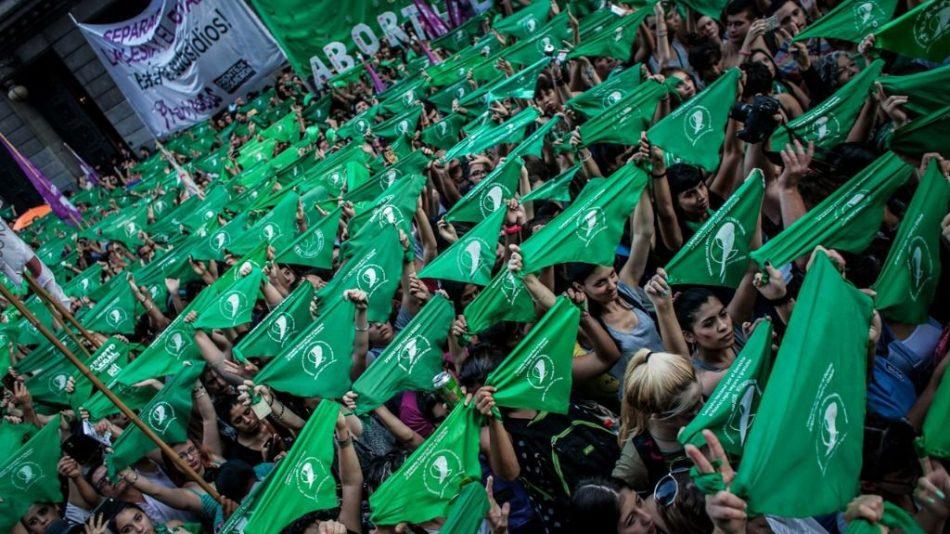 CGT se suma a la campaña internacional del 28S por el derecho al aborto