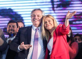 Las encuestas otorgan 20 puntos de ventaja a Fernández en Argentina