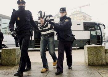 Esquerda Unida denuncia a pasividade da Xunta de Galicia ante a trata e a explotación de mulleres e menores nos casos relacionados coa Operación Carioca
