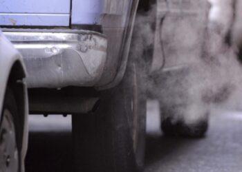 Volkswagen, Renault-Nissan y Toyota, las marcas de coche que más CO2 emiten
