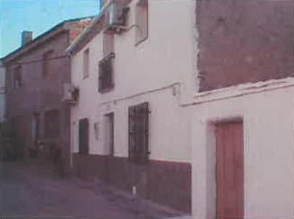 Una familia de El Turro (Granada) puede verse en la calle por la negativa de Caja Rural a concederle un alquiler social