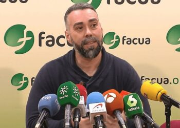 PSOE, PP y Ciudadanos unen sus votos en la Mesa para vetar que el portavoz de FACUA acuda al Congreso