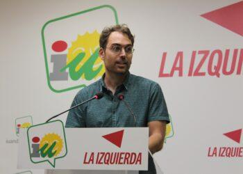 """Valero ve """"imposible"""" que Andalucía remonte si el Gobierno andaluz sigue en la senda de la """"austeridad"""" y urge a invertir en """"industrialización"""""""
