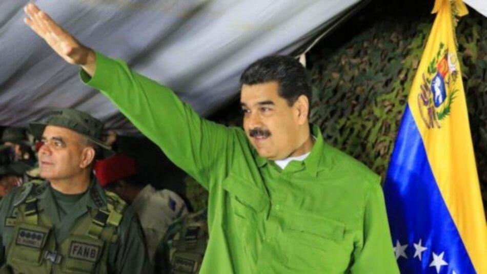 Maduro revisa operación de unidades militares desplegadas en la frontera