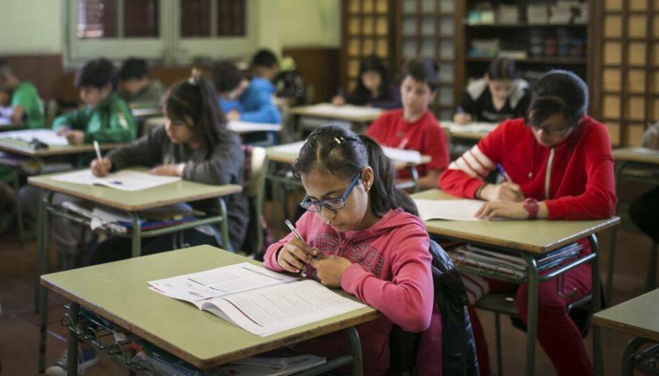 """Sterm considera inadmisible la """"falta de ética"""" del gobierno regional ante el inicio del curso escolar"""