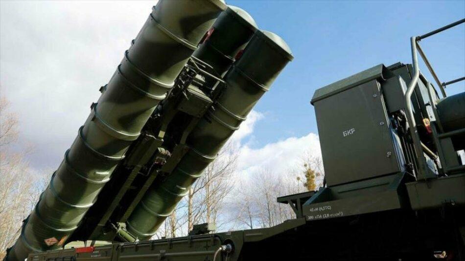 Rusia pone sus misiles antiaéreos 'S-400' y 'Pantsir-S' en Serbia