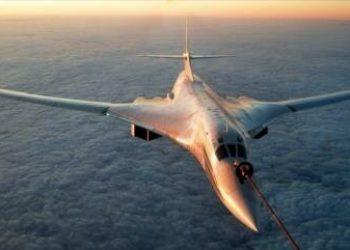 Rusia envía dos bombarderos estratégicos nucleares Tu-160 a África