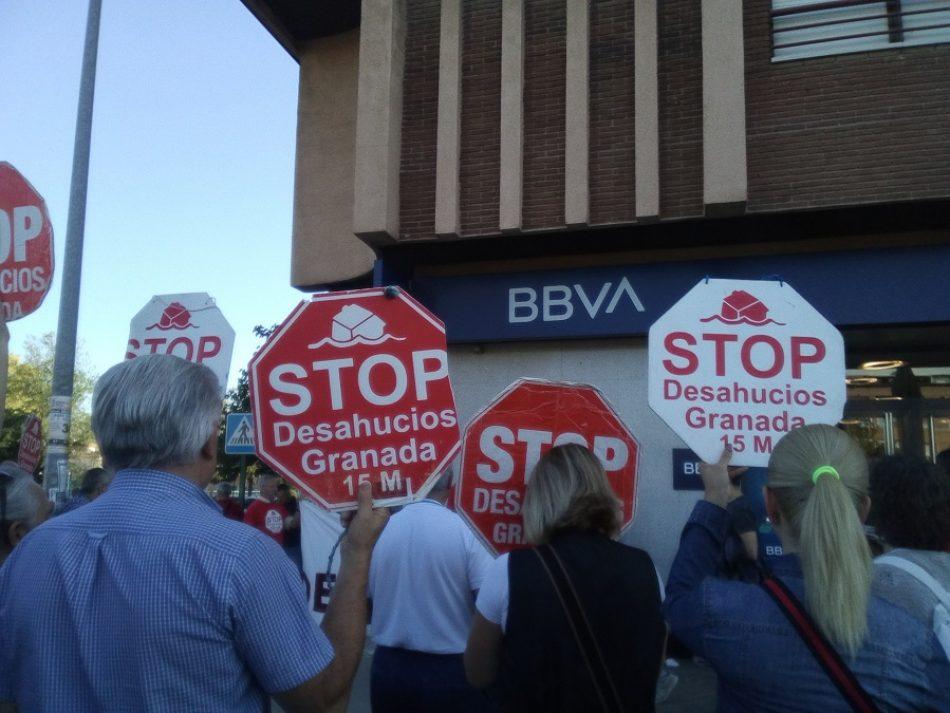 Stop Desahucios Granada 15M denuncia las malas prácticas del BBVA
