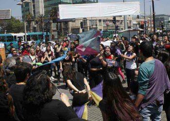 Piden en Chile retirar militares de la calle y estado de emergencia