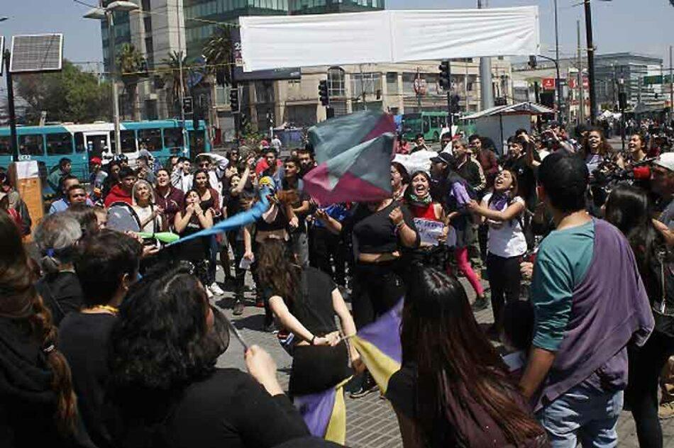 Llaman en Chile a huelga general