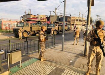 Los militares toman Santiago de Chile tras la declaración del estado de emergencia ante las protestas