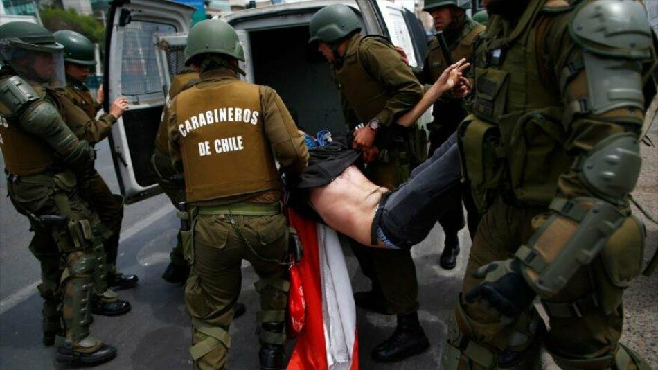 Chile declara el toque de queda en la capital Santiago