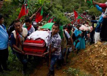 Indígenas y exguerrilleros, blancos de la violencia en Colombia