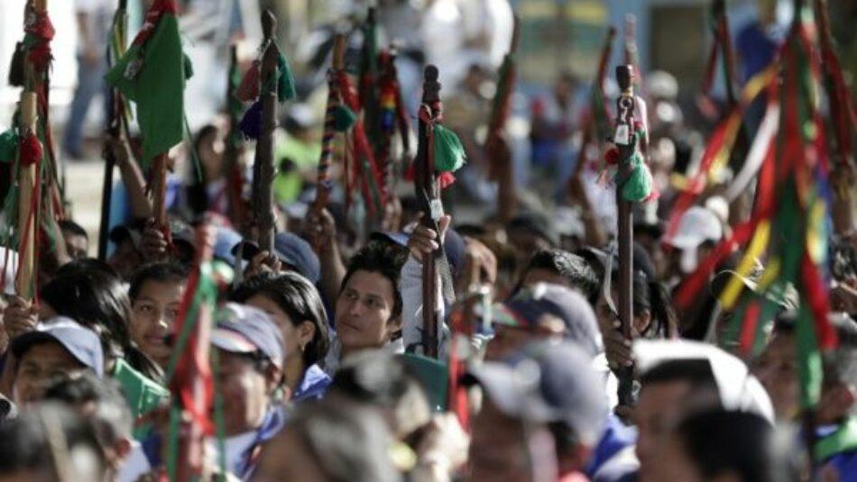 Asesinan a tres líderes indígenas en Colombia