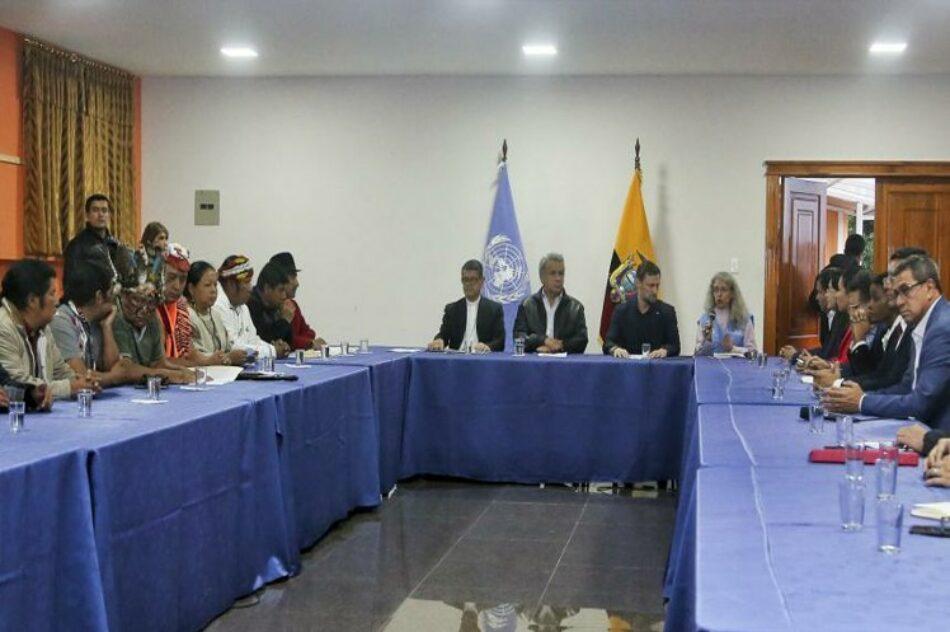 Gobierno e indígenas de Ecuador debaten sobre subsidio a combustibles