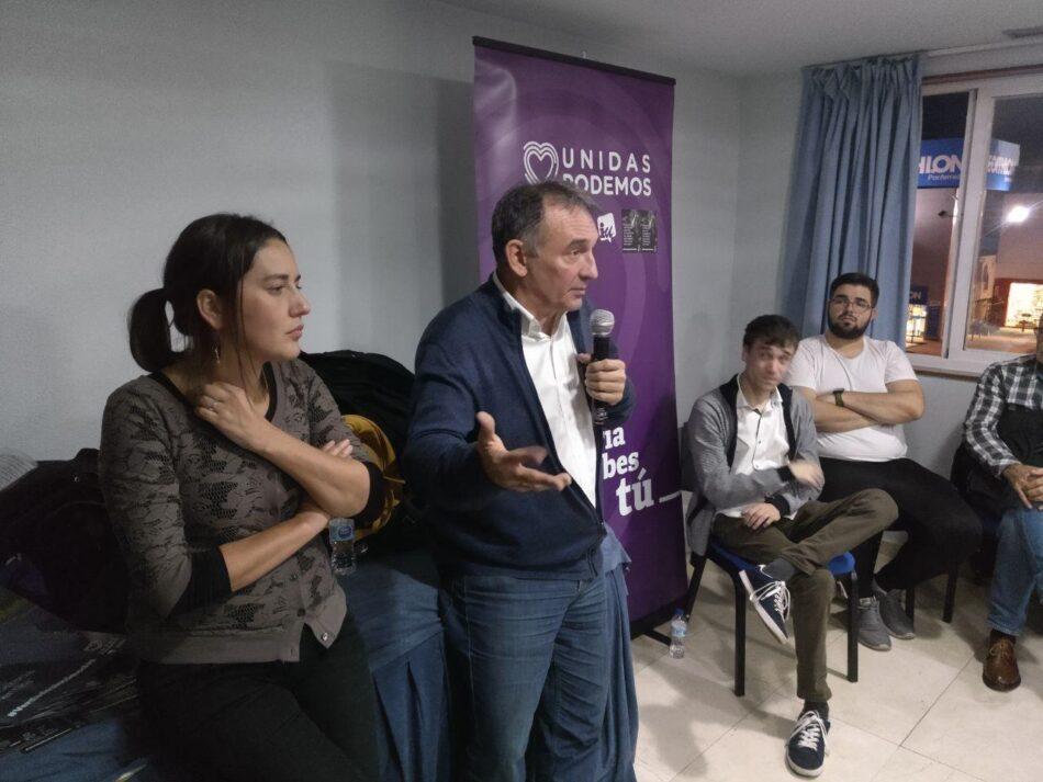 """Enrique Santiago defiende en Ponferrada """"medidas para fijar servicios públicos al territorio y crear empleo"""""""