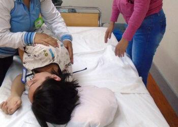 Adelante denuncia la desprotección de una madre, trabajadora del Ayuntamiento de Sevilla y con una hija enferma grave