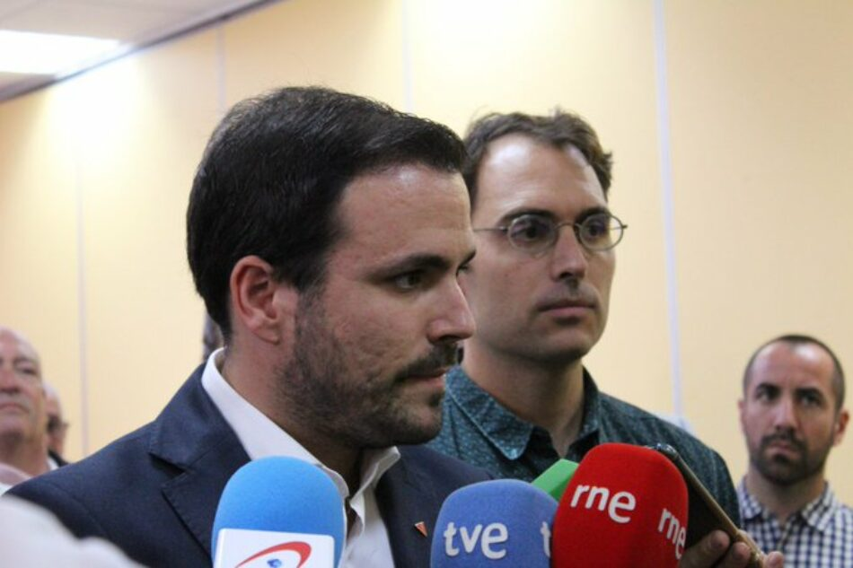 """Alberto Garzón plantea """"abrir un amplio canal de diálogo"""" para avanzar en el conflicto catalán y no """"echar más leña al fuego"""" o hablar de indultos solo """"como arma arrojadiza"""""""