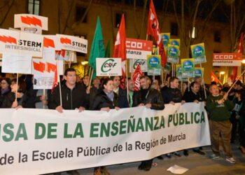 STERM denuncia la falta de compromiso con la Pública de la Consejera de Educación de Murcia