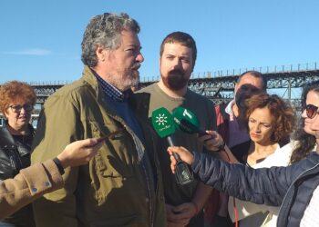 Unidas Podemos reclama en Huelva la creación de una empresa pública de la energía para romper con la dependencia política del oligopolio energético