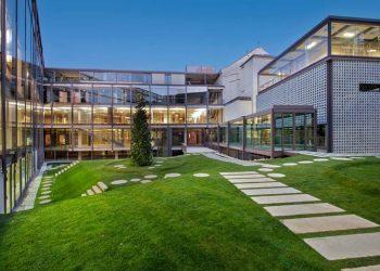 La actividad recreativa que se realiza en la sede del Colegio de Arquitectos de Madrid es ilegal