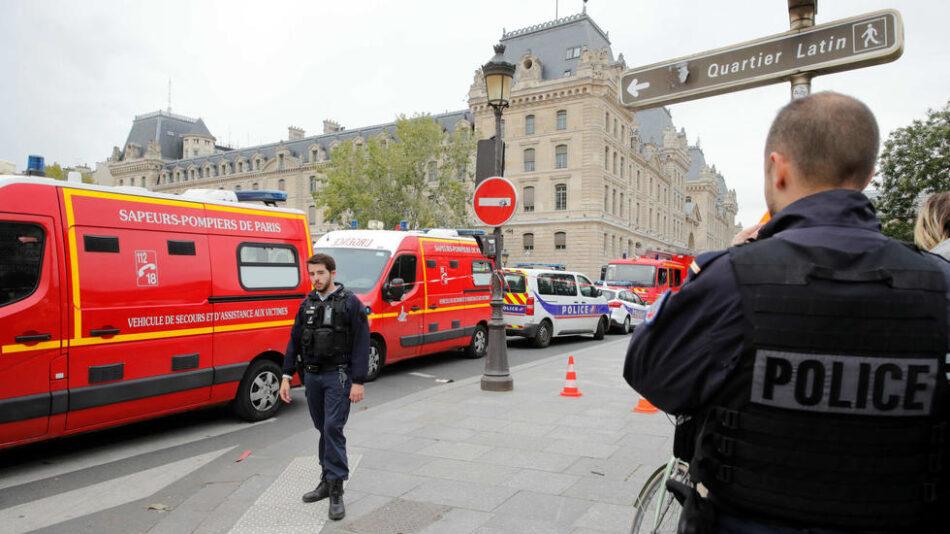 Un ataque con arma blanca se salda con la muerte de cuatro agentes de policía en París, Francia