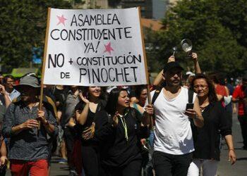 Pensamiento crítico. A pesar de Pinochet y Piñera, Chile está vivo