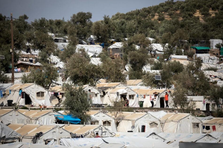 ACNUR advierte: «Grecia debe poner fin a la peligrosa masificación en los centros de recepción de las islas»