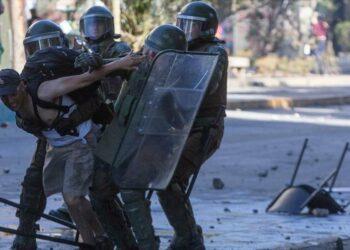 La Universidad de Chile denuncia la opacidad del gobierno sobre la represión de las protestas