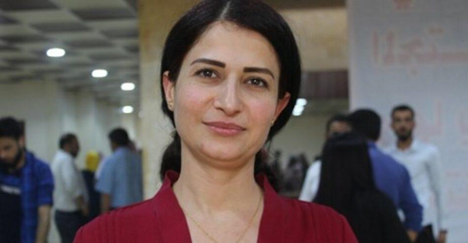Paramilitares pro-turcos asesinan a la líder kurda Hevrin Khalaf