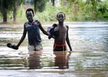 Inundaciones sin precedentes en Sudán del Sur afectan a miles de personas refugiadas y población local