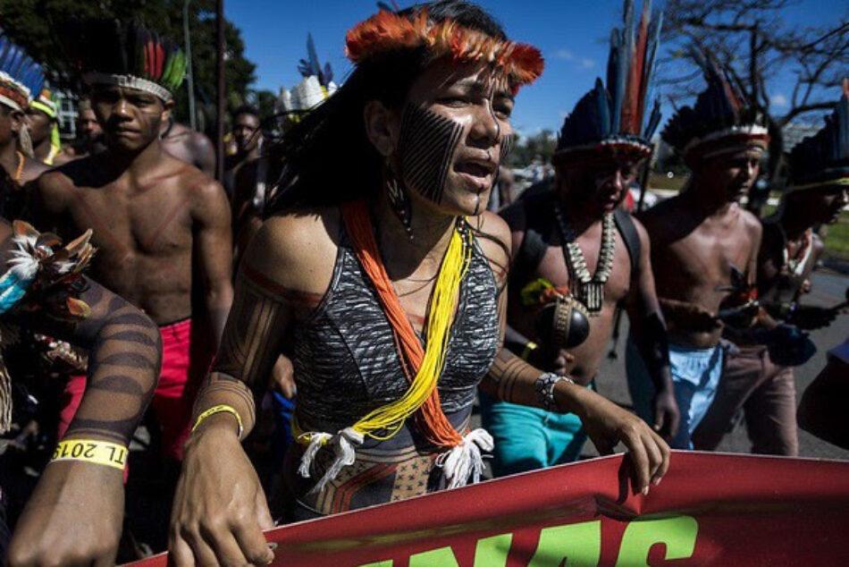 Una comitiva de líderes indígenas brasileños comienza hoy una gira por Europa para denunciar violaciones de derechos en su país