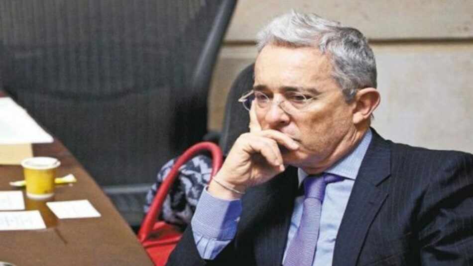 Colombia. Corte vincula a Uribe en proceso de fraude y soborno