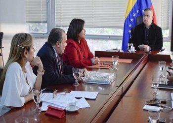 Venezuela consolida proyectos legislativos contra violencia de género