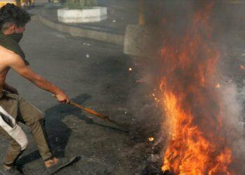 Irak cierra oficina de 2 cadenas extranjeras por incitar al odio