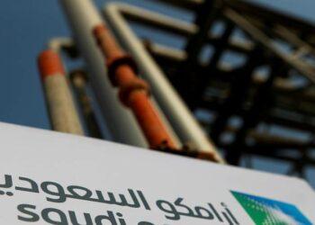 Arabia Saudí anuncia la salida a bolsa de su petrolera Saudi Aramco
