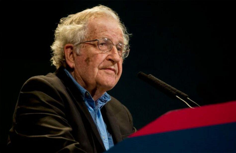 Chomsky sobre Bolivia: «El golpe de estado fue promovido por la oligarquía boliviana con el apoyo de EE.UU.»