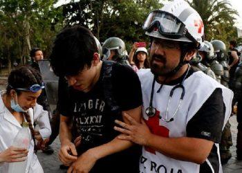 El presidente de Cruz Roja Chile eleva a 2500 las personas heridas en la represión