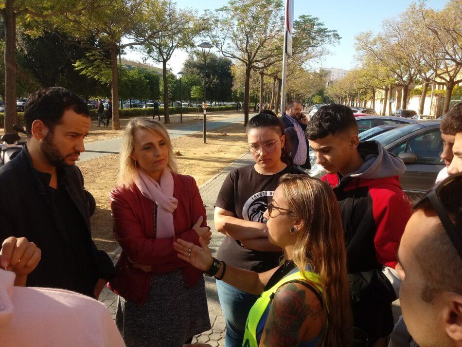 Adelante Sevilla reclama al Ayuntamiento que se implique en la defensa del alumnado del IES Torreblanca